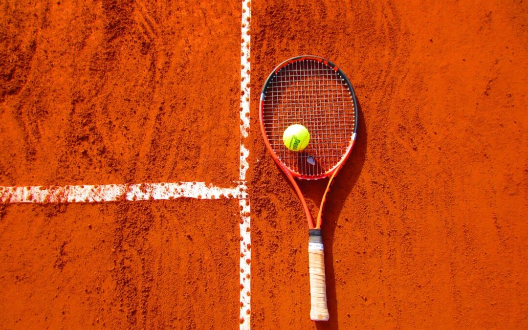 Overvejer du tennis? Bliv klogere på sporten her